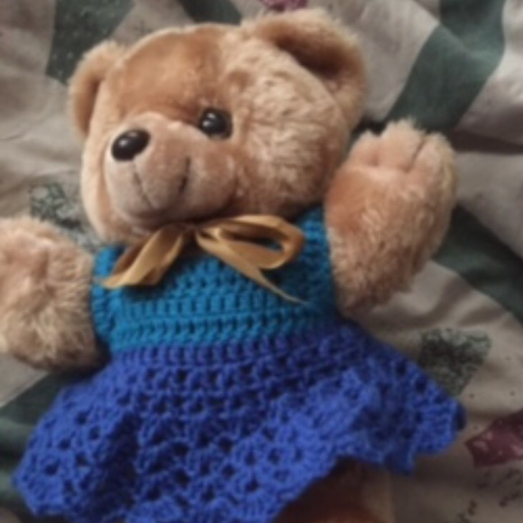 The Knitted Teddy Bear: Make Your Own Heirloom Toys, with Dozens ... | 580x580